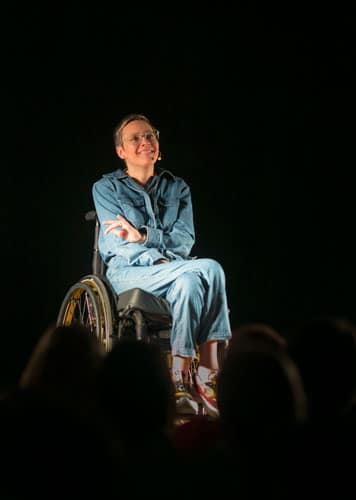 One Woman Sit-Up Show - Bio | Stef Binon